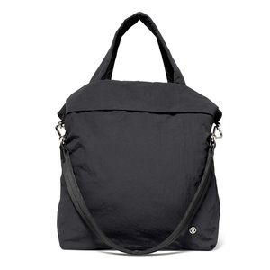 LULULEMON LARGE BLACK BAG